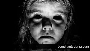 Misteri Mengenai Hantu Black Eyed Child