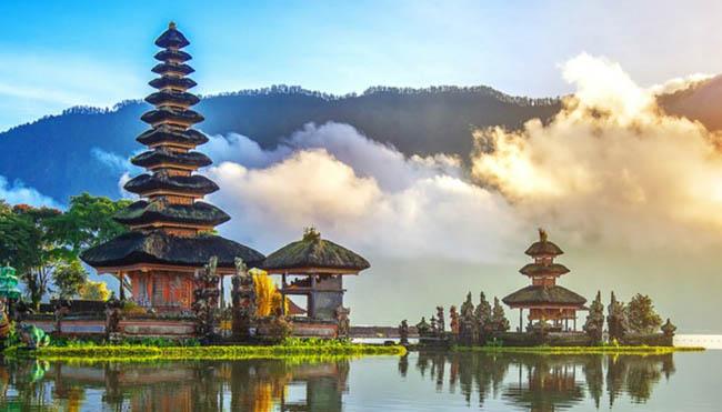 Syarat Wisatawan Asing untuk Memasuki Wilayah Bali
