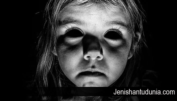 Misteri Mengenai Hantu Black Eyed Child